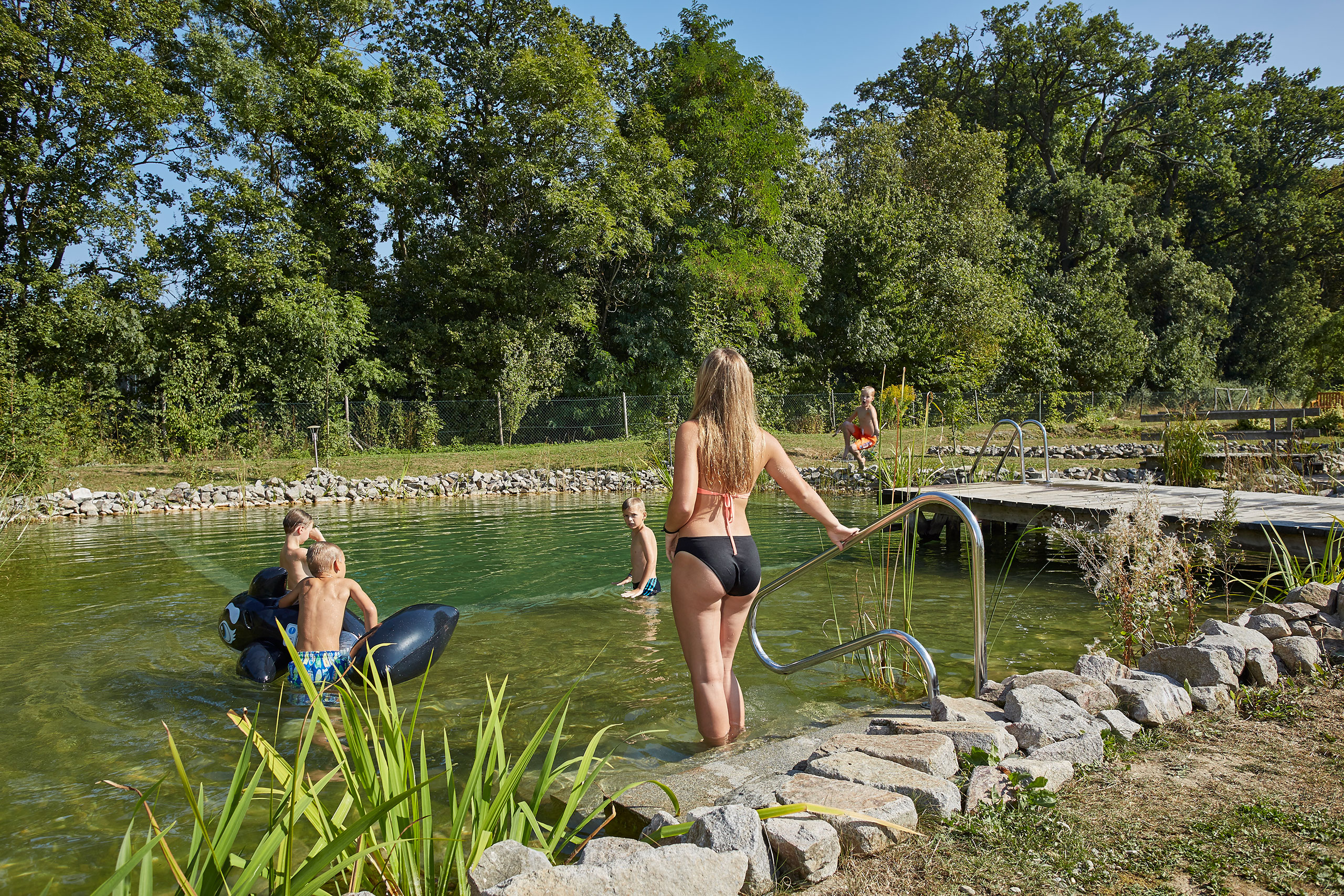 Schwimmteich Sommerurlaub