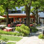 Terrasse mit Restaurant